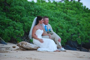 Lydgate beach couple